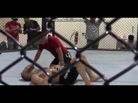 Ver vídeo - Conor McGregor tem um treino de abdominais que te vai deixar com dores só de ver
