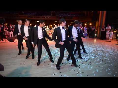 Ver vídeo - Noivo prepara uma surpresa divertida à noiva no dia de casamento!
